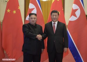 شي جين بينغ يجري محادثات مع كيم جونغ أون في بكين