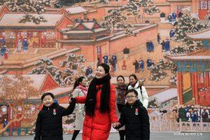 الجو الاحتفالي لعيد الربيع القادم في القصر الإمبراطوري