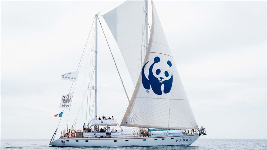 Blue Panda sets sail around Turkey to stem plastic tide