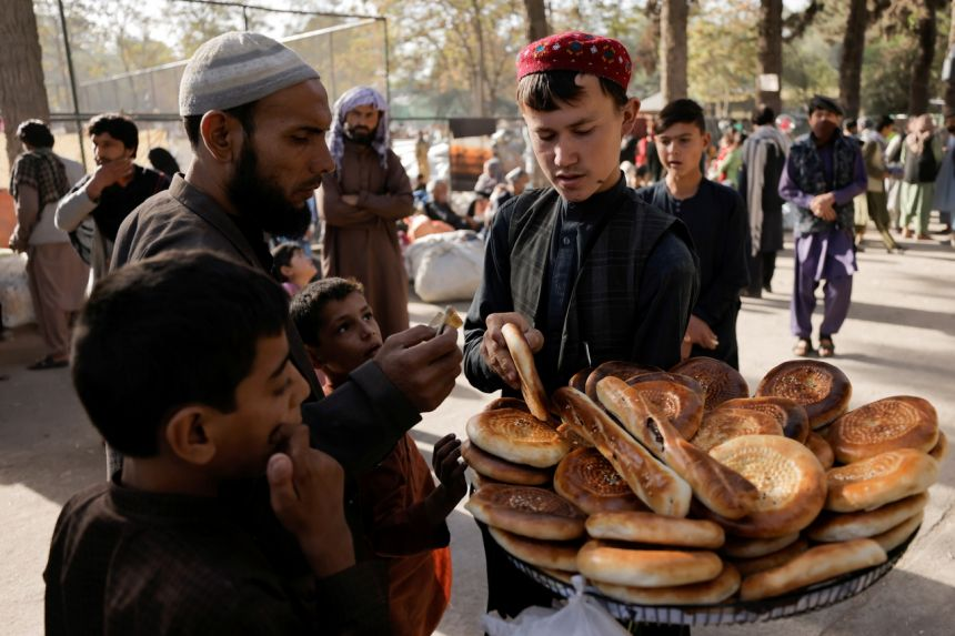 G20 leaders agree to step up Afghan humanitarian effort
