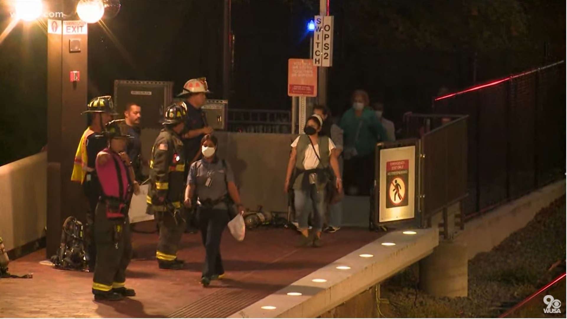 US: Hundreds evacuated from derailed metro train in Arlington